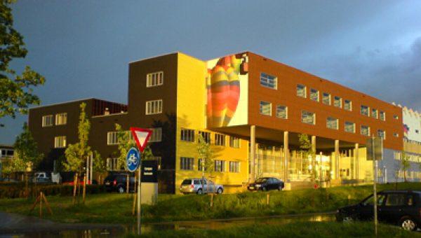 'Scheuren in constructie Campus Kerkrade door onsamenhangende bouw'