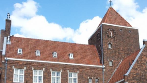 Schakel & Schrale start bouwteam voor restauratie en renovatie kapel Claraklooster in Amsterdam