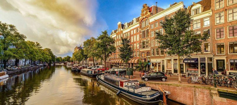 DWA wint met consortium x02025 aanbesteding Koplopers energietransitie in Amsterdam