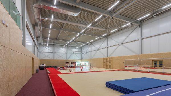 Luchtkanalen tot op 11,5 meter hoogte voor Gymworld Zoetermeer