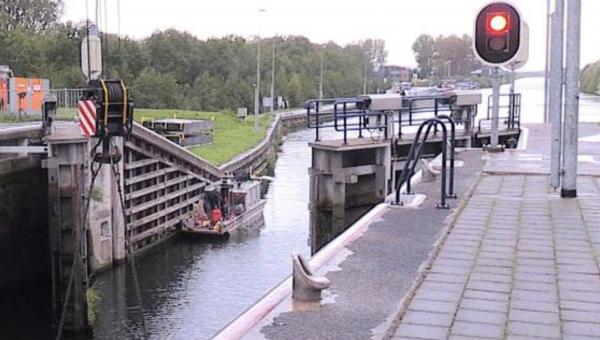 De sluis bij Schijndel krijgt een opknapbeurt: 'We repareren iets wat niemand ziet'