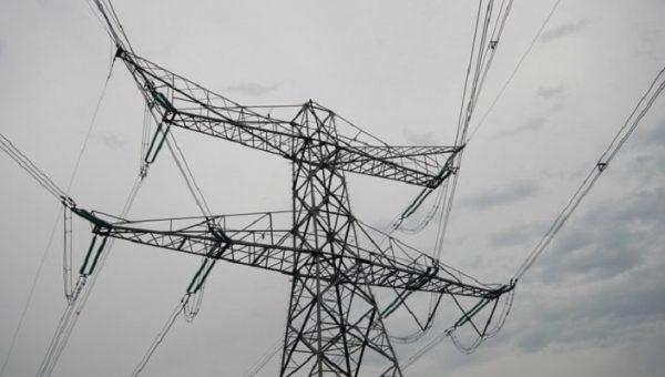 Kamervragen PVV over 'stijgende energielasten' door windmolens, zonnepanelen en warmtepompen